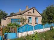 Продаётся дом в самом центре деревни Новосёлки